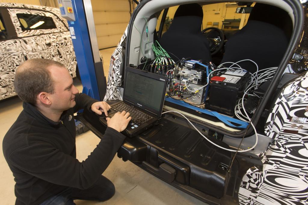Was die Entwicklung angeht, ist der Bonsai-Benz ein Daimler-Modell wie jedes andere auch