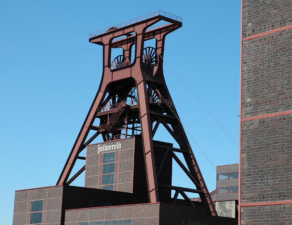 Weltkultur: Förderturm der Zeche Zollverein in Essen.