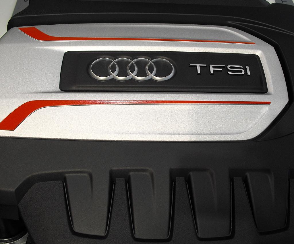 Zunächst stehen zwei Benziner, hier der stärkere im TTS, und ein Diesel zur Wahl.