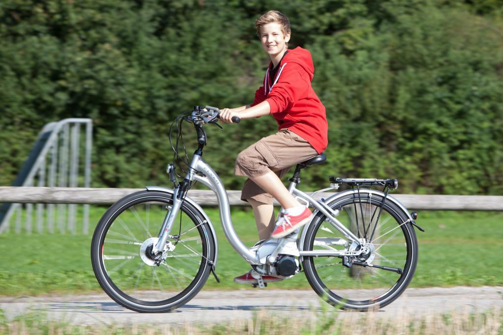 Zweirad-Markt: Rückenwind für E-Bikes