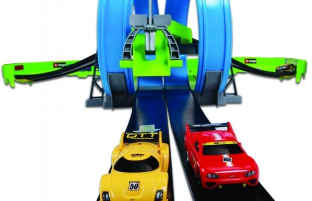 auto.de-Ostergewinnspiel: Dual Daredevil Raceway von Bburago