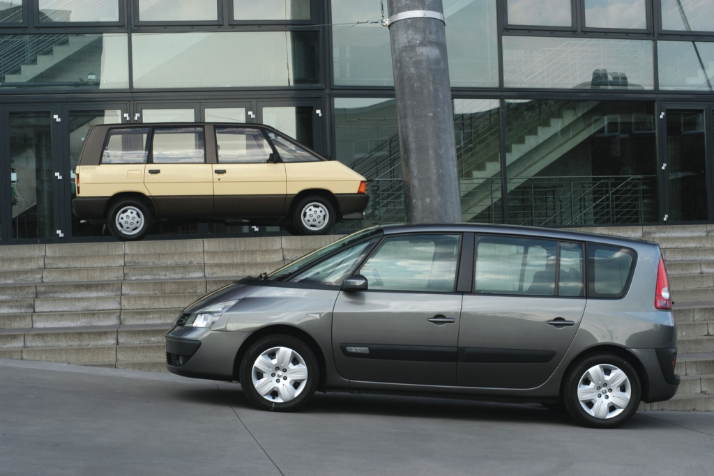 © Renault | Renault Espace Generation 1 ab 1984 und Generation 4 ab 2002