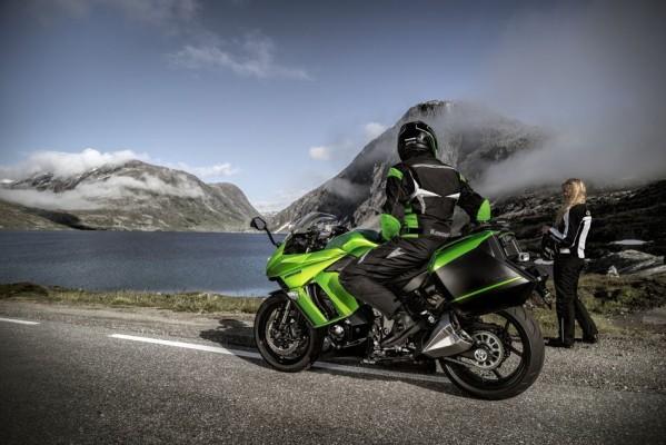 Übersicht Motorradhersteller: Kawasaki Z1000SX - Bild: Kawasaki