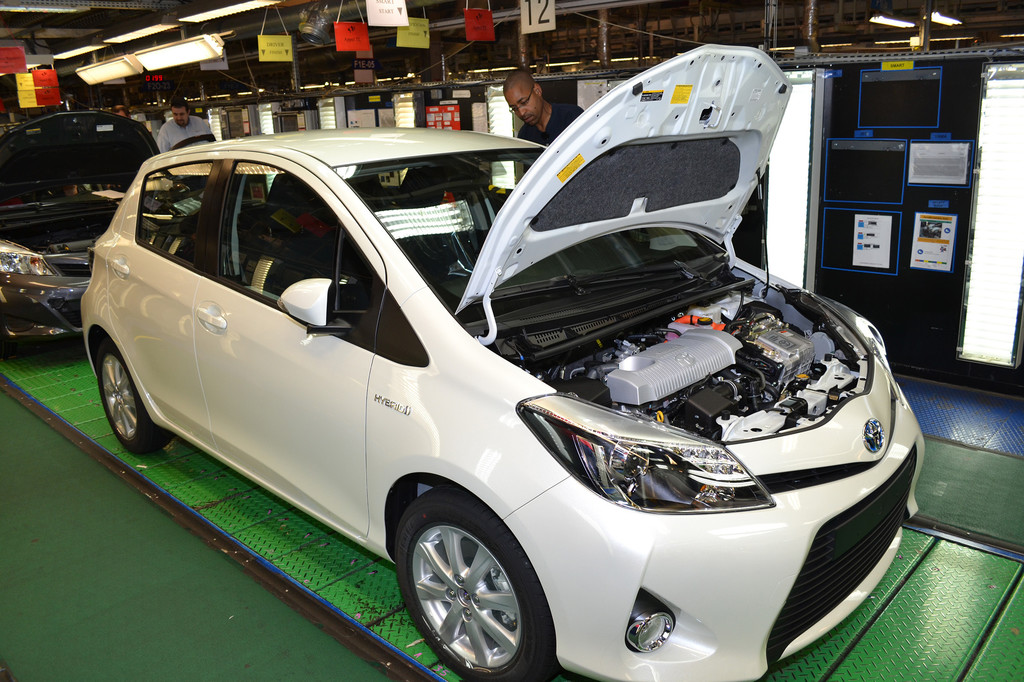 2,5-millionster Toyota Yaris rollt vom Band