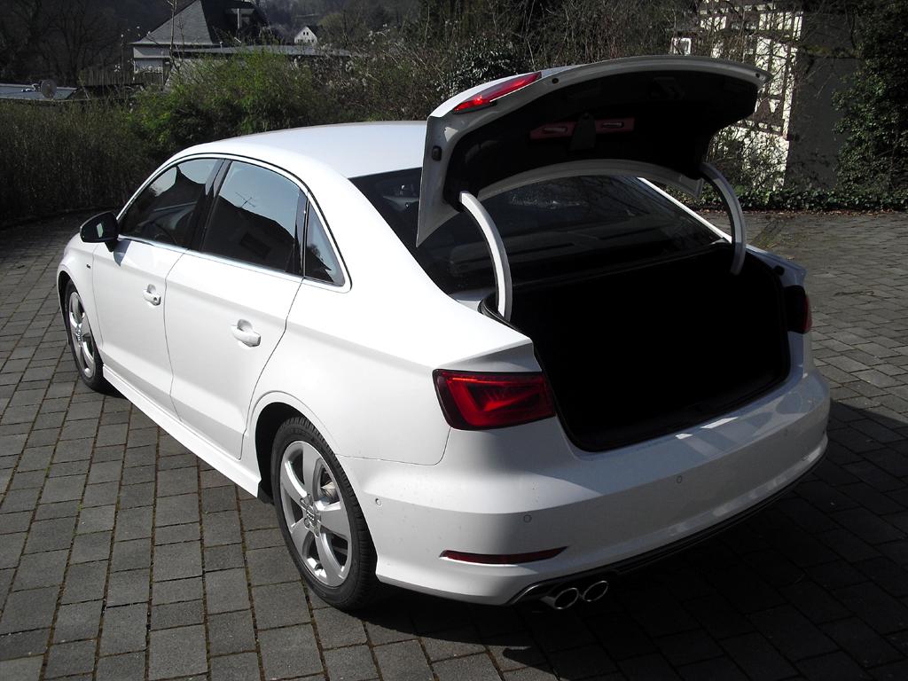 Audi A3: Das Gepäckabteil fasst 425 bis 880 Liter.