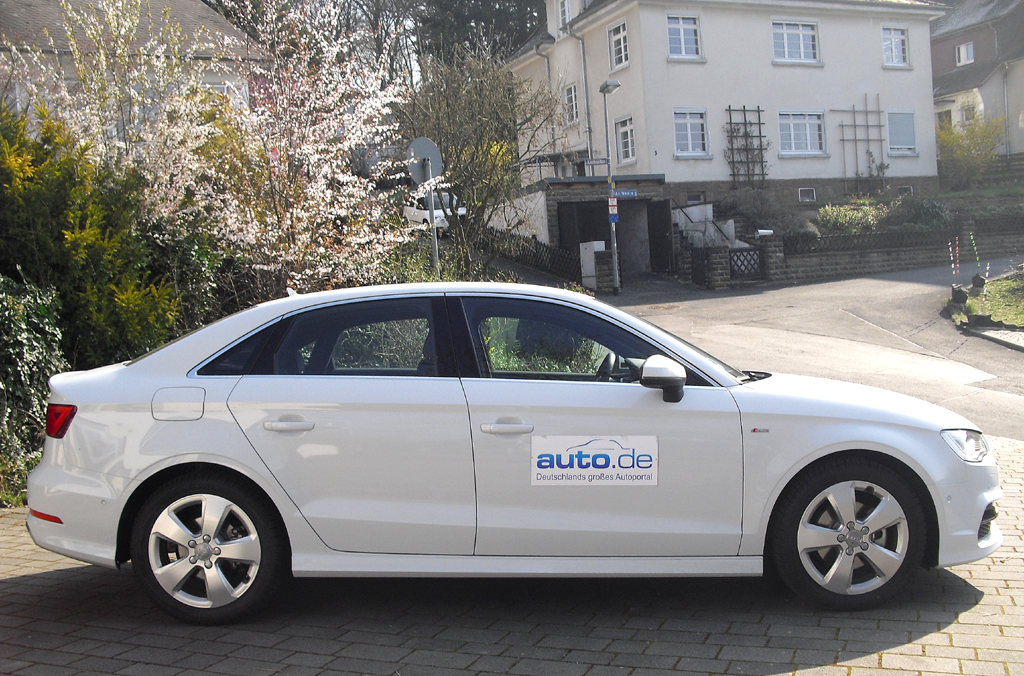Audi A3: So sieht die viertürige Stufenheck-Limousine von der Seite aus.