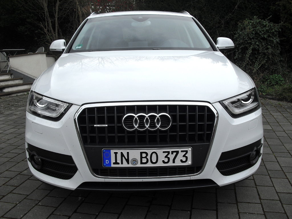 Audi Q3: Blick auf die Frontpartie.