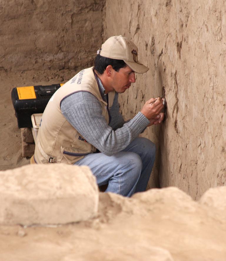 Ausgrabung in der Huaca de la Luna.