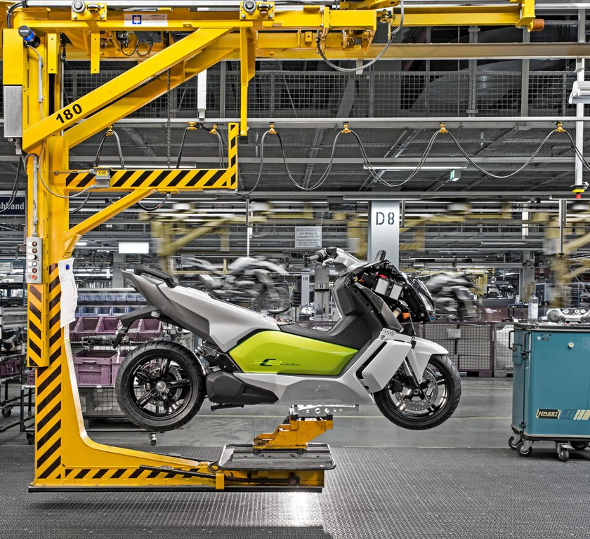 BMW startet Produktion des Elektrollers C Evolution