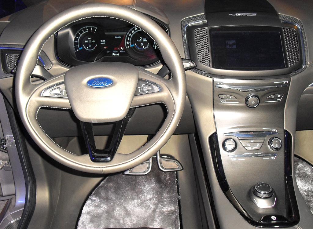 Blick ins Cockpit des Konzeptfahrzeugs.