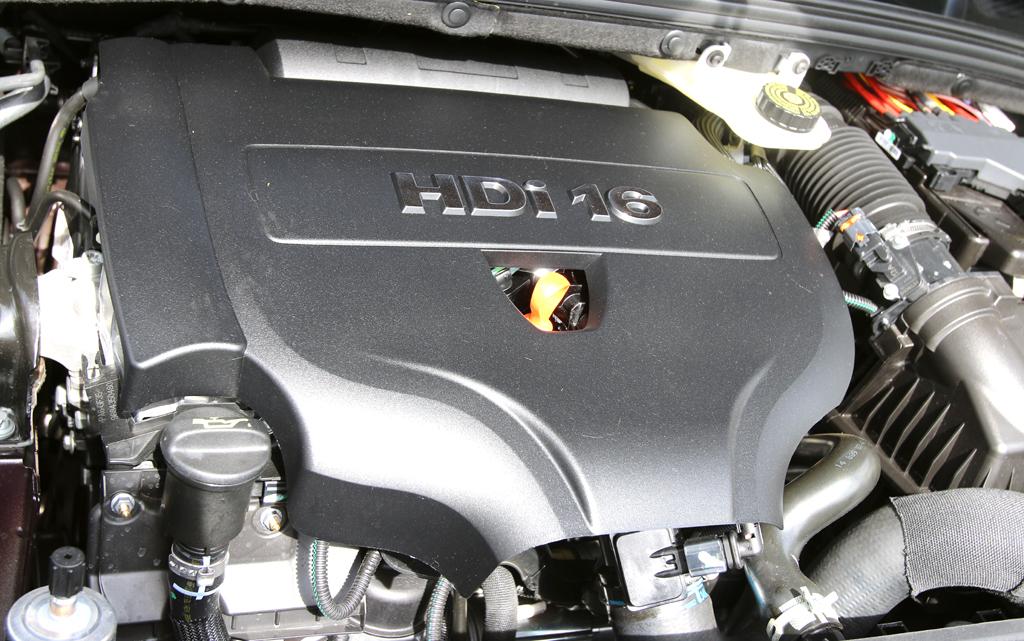 Citroën DS4: Blick auf den 2,0-Liter-Selbstzünder.