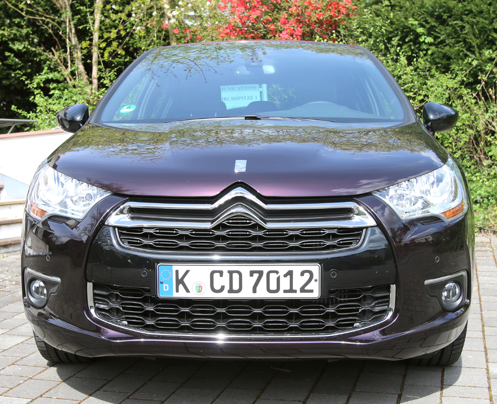 Citroën DS4: Blick auf die Frontpartie.