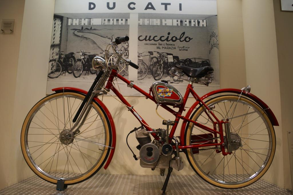 Cucciolo, das Fahrrad mit Hilfsmotor, mit dem 1946 bei Ducati alles begann