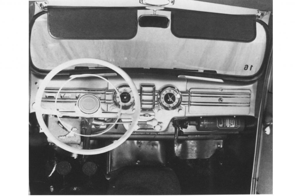 Das Interieur des Taunus 1951