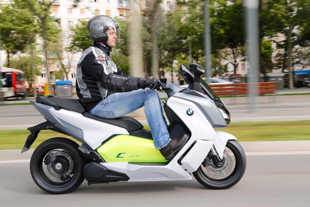 Den ersten Elektro-Großroller bringt jetzt BMW auf den Markt. : © Jörg Künstle