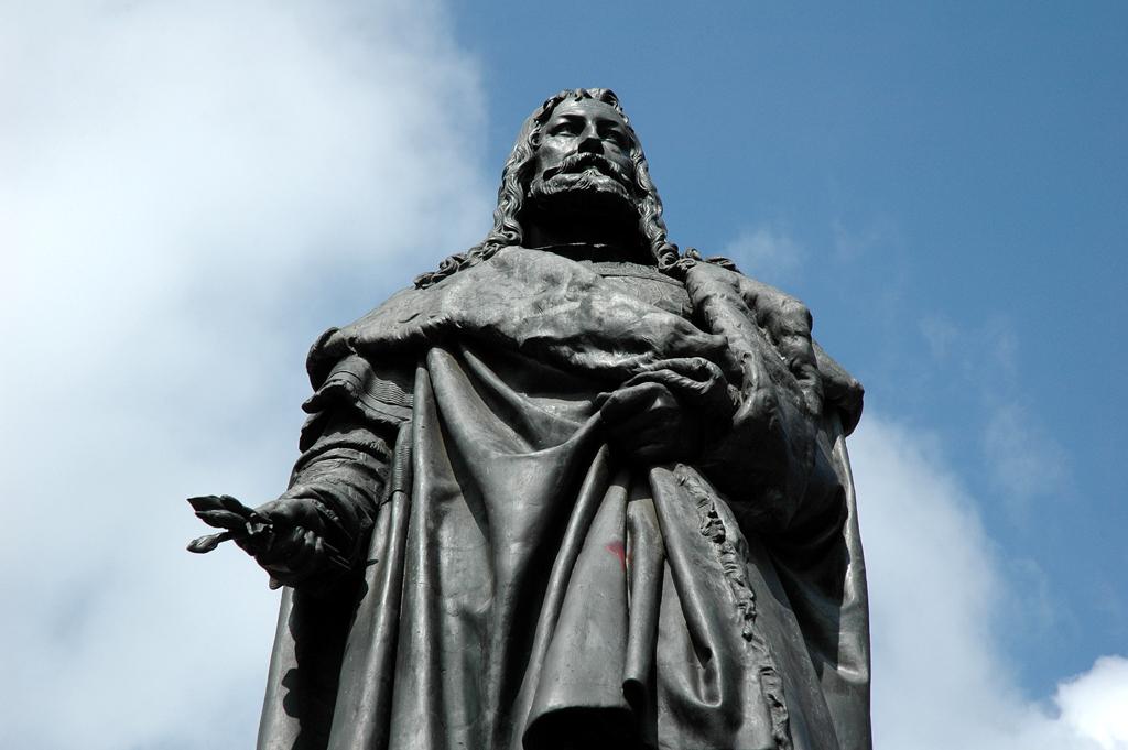Denkmal für einen berühmten Sohn der Stadt: Albrecht Dürer.