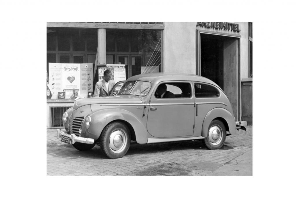 """Der Preis lag 1949 bei 6.965 Mark für die """"Standard""""-Limousine und wurde bis 1951 auf 5.540 Mark gesenkt"""