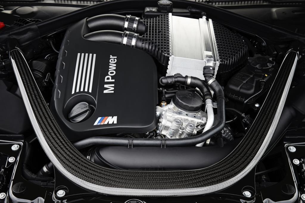Der R6-Motor leistet 316 kW/431 PS
