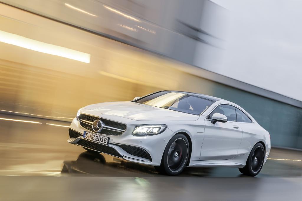 Die Hersteller lassen in den USA die Muskeln spielen - hier Mercedes mit dem S 63 AMG Coupé: Bild: Mercedes