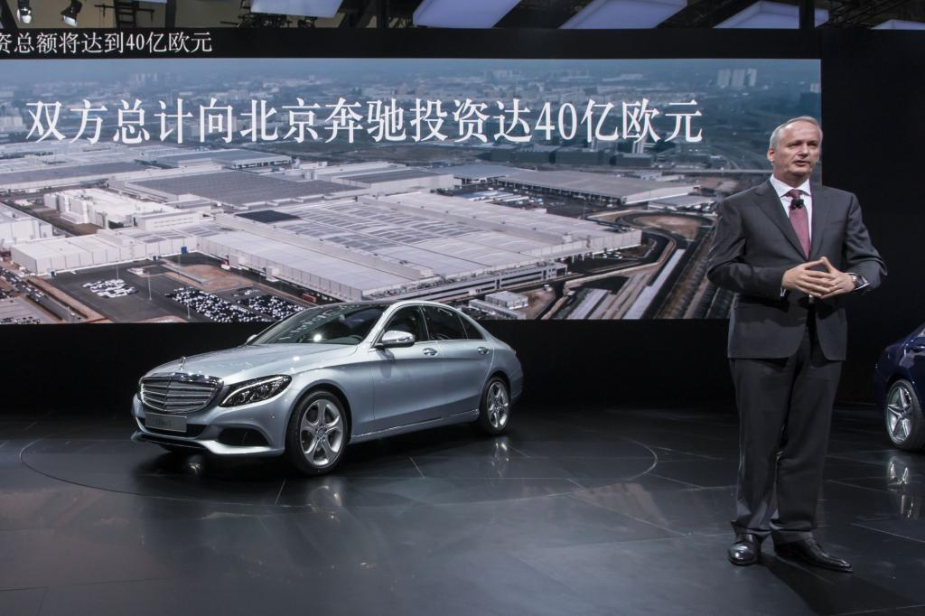 Die um acht Zentimeter verlängerte Mercedes C-Klasse mit 2,92 Meter langem Radstand