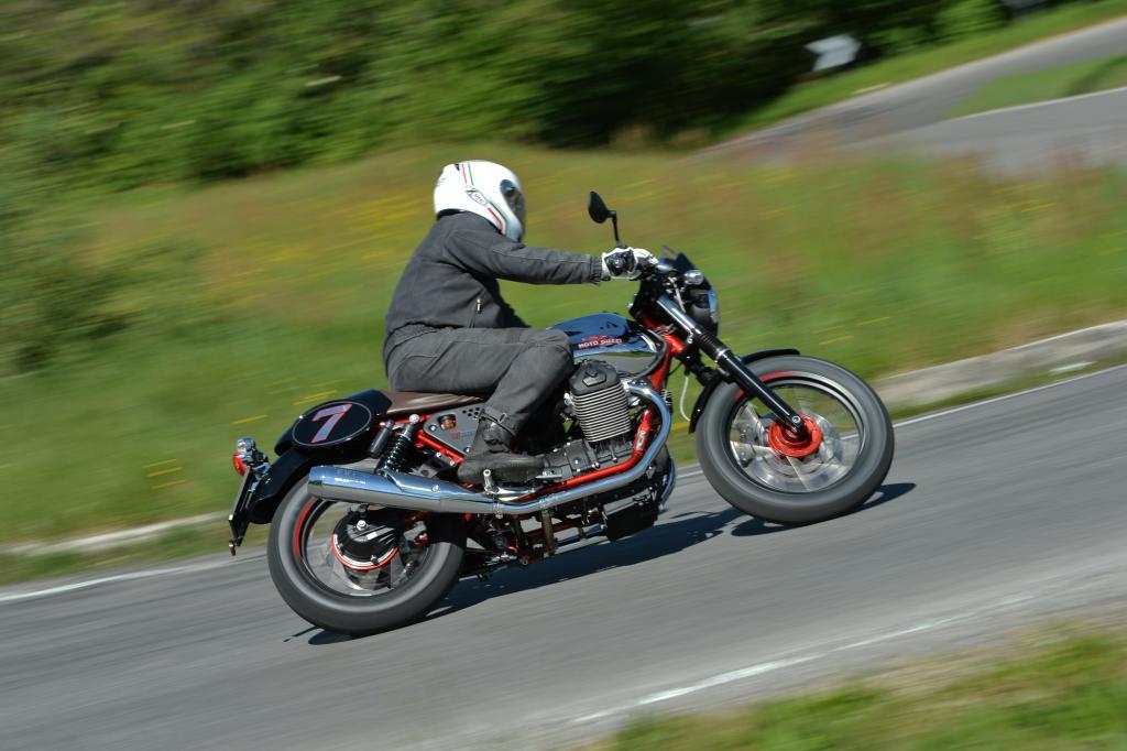 Ein Motorrad muss nicht unbedingt viel Leistung haben, um Spaß zu machen.