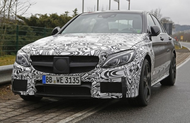 Erwischt: Erlkönig Mercedes C 63 AMG