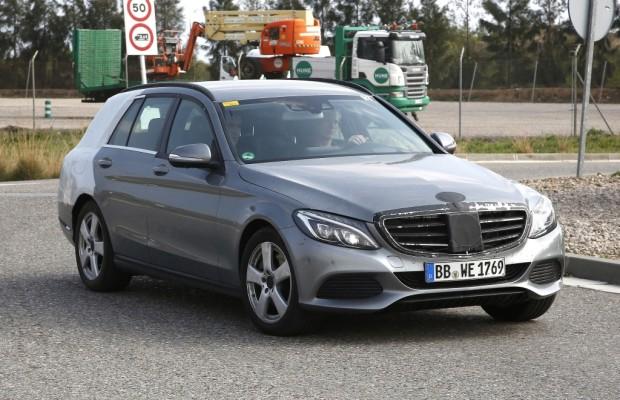 Erwischt: Erlkönig Mercedes C-Klasse T-Modell ungetarnt