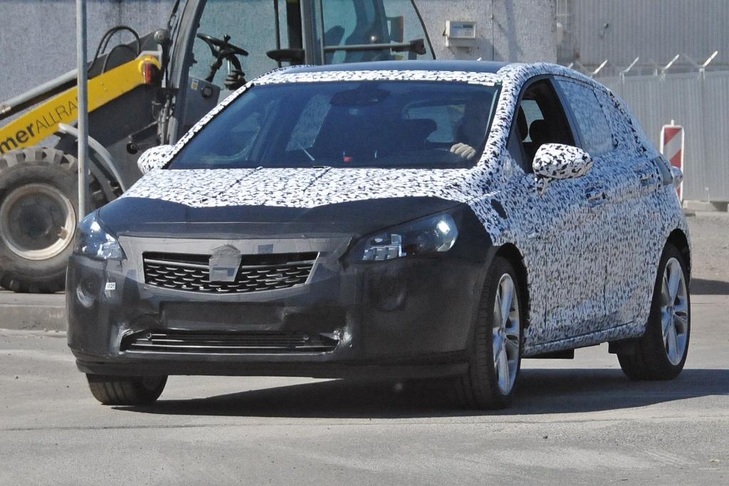 Erwischt: Erlkönig Opel Astra K (2015) - Rückkehr des GSI?