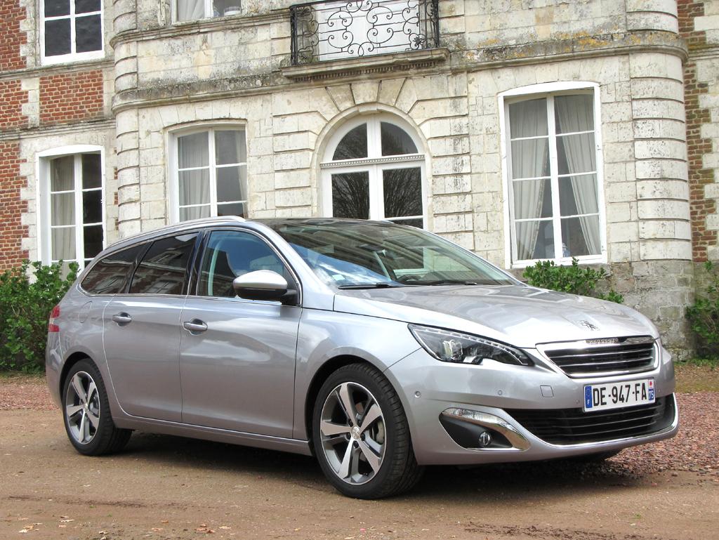 Flotter Kompaktkombi: Peugeot setzt mit neuem 308 SW Akzente / Sogar Dreizylinder