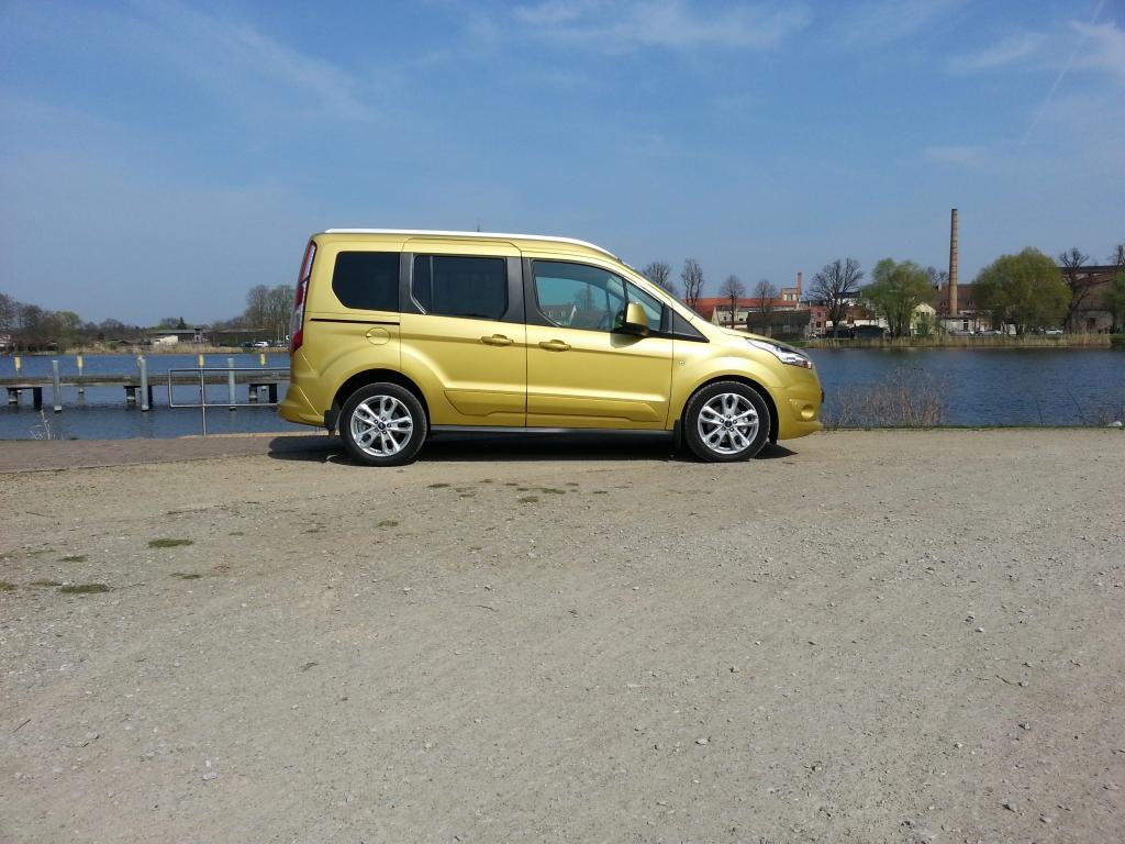 Ford Neuheiten 2014: Erster Test im Ford Tourneo Connect -  Überraschend anders