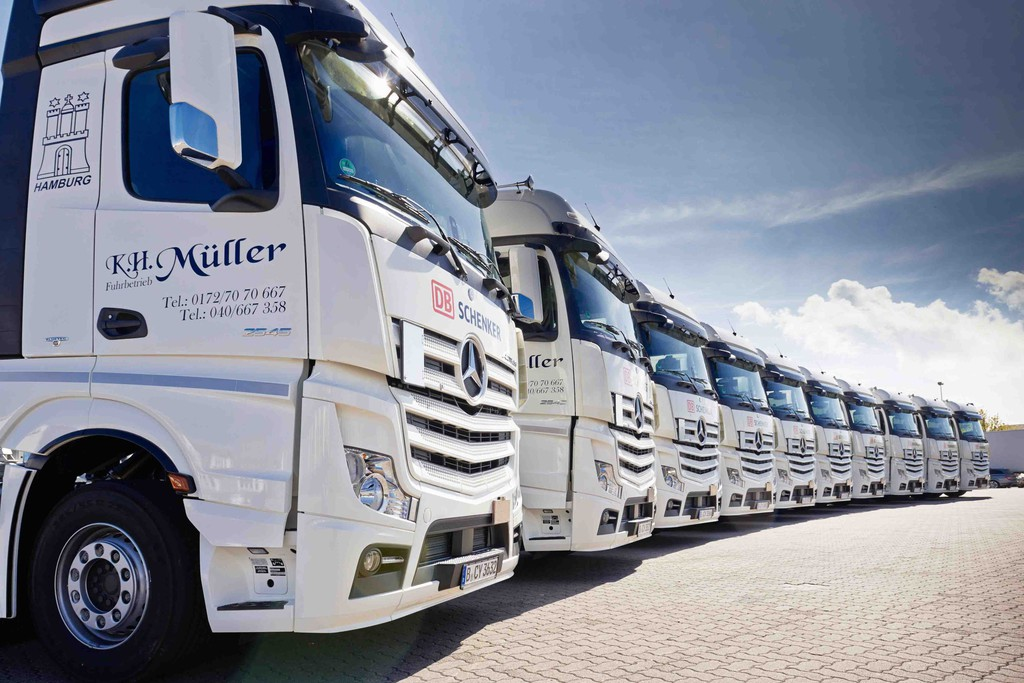 Hamburger Fuhrbetrieb übernimmt zehn Actros