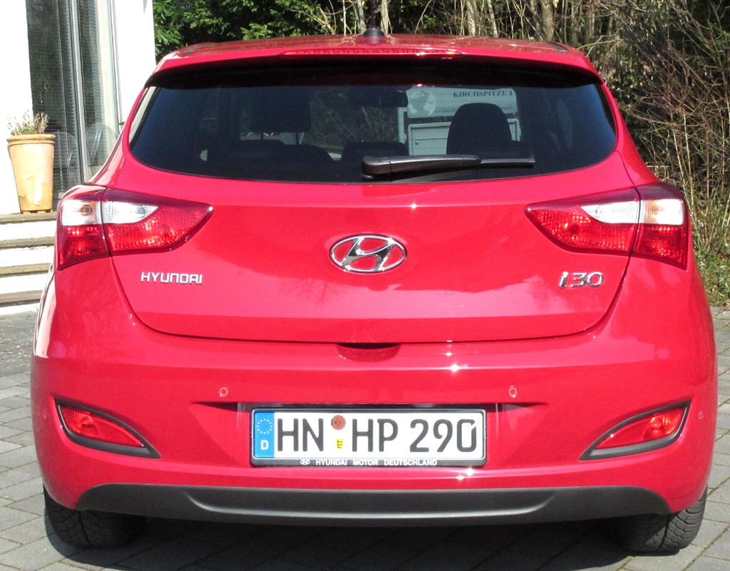 Hyundai i30 Coupé: Blick auf die Heckpartie.