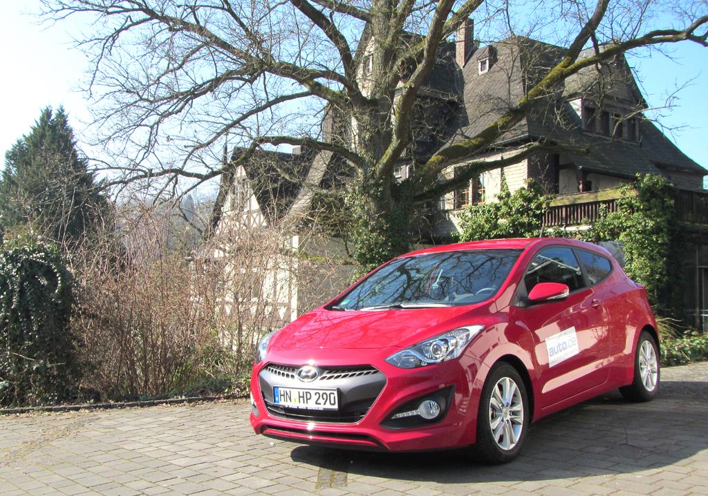 Hyundai i30 Coupé: Zwei Benziner und ein kleinerer Diesel stehen sons noch zur Wahl.