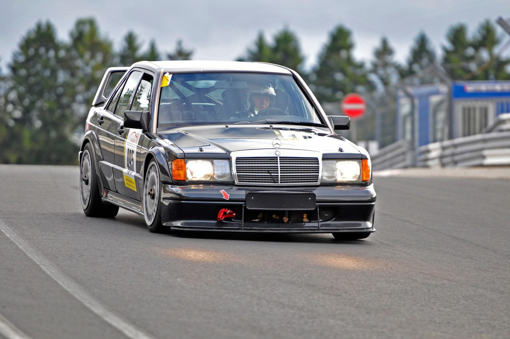 Je oller, je doller: Tourenwagensport mit Classic Cars