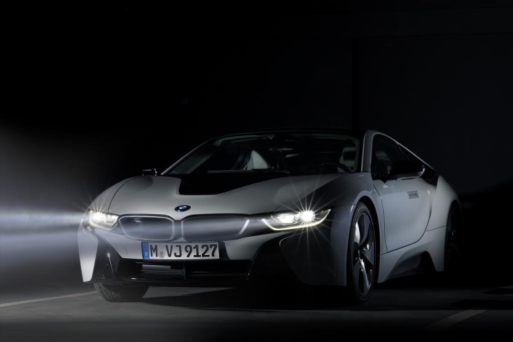 Laserlicht im BMW i8 - Was fürs Auge