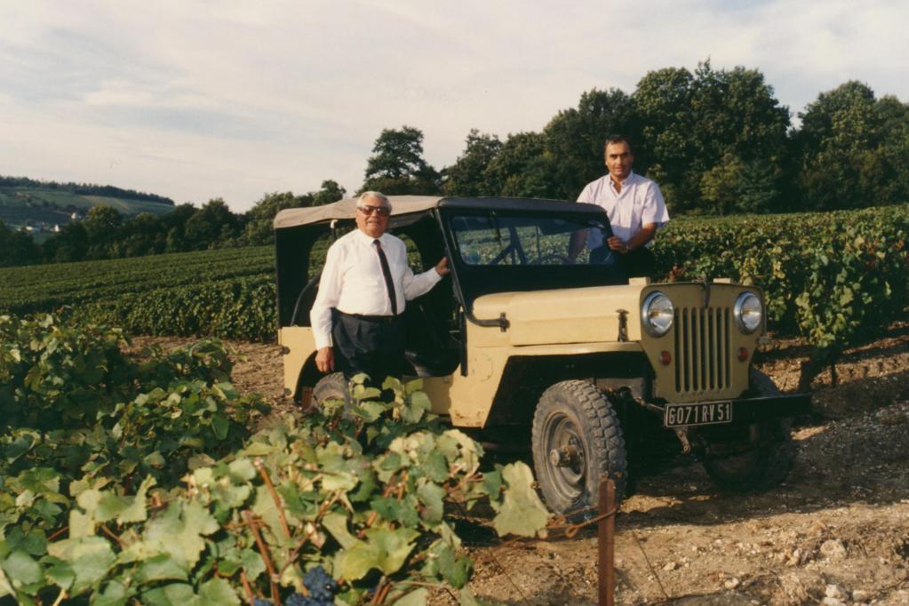 Love-Story: Der Jeep im Weinberg