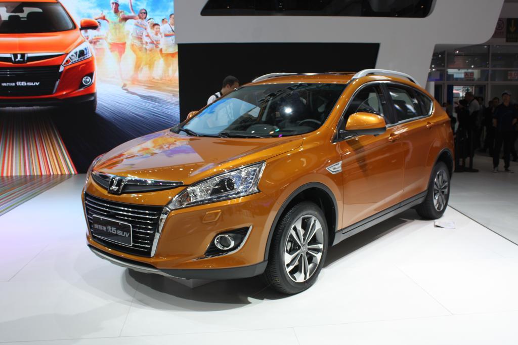 Luxgen 6 - neues Serienmodell, klassisches SUV, 4,64 Meter lang, Vierzylinder-Turbobenziner