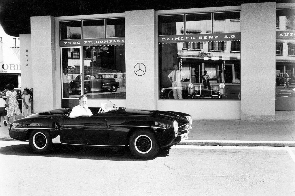 Mercedes Benz 190 SL mit Douglas Steane Sieger