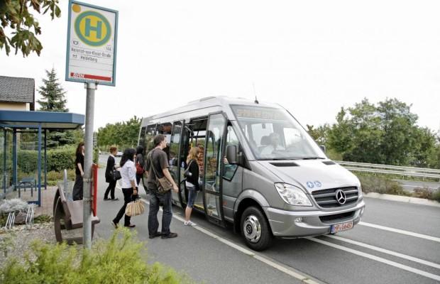 Minibus mit Maxi-Jubiläum