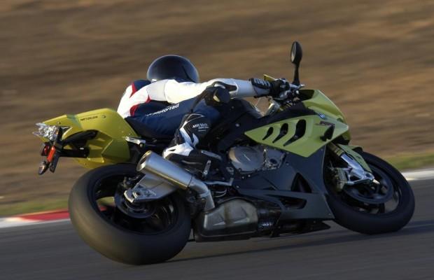 Motorradreifen-Test: Metzeler M7 RR rollt an die Spitze
