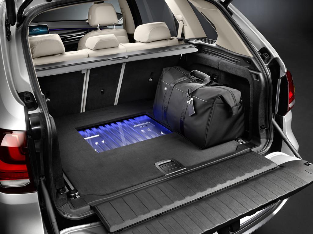 New York 2014: BMW zeigt Concept X5 eDrive