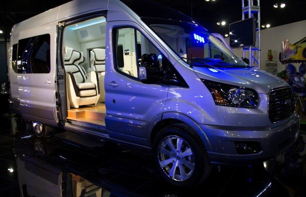 New York 2014: Ford Transit als Luxusliner