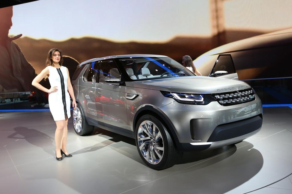 New York 2014: Jaguar Land Rover gibt Ausblick auf Technologien