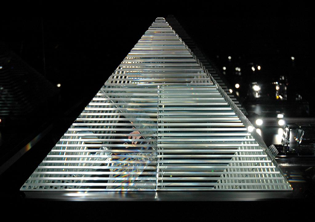 Pyramiden-Exponat in der Weltwunderkammer.