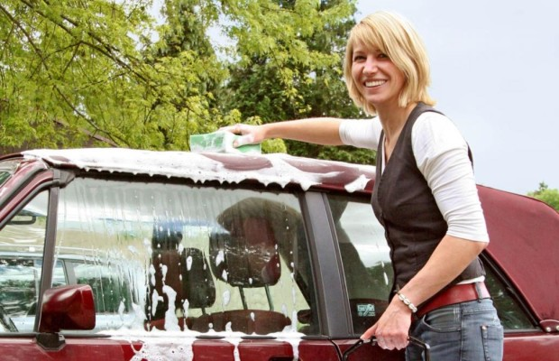 Ratgeber: Tipps für ein sauberes Cabrio-Verdeck - Nicht zu hart rangehen