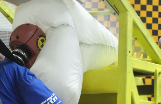TRW-Dach-Airbag serienmäßig im Citroen C4 Cactus