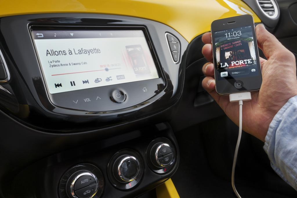 Test: Smartphone-Anbindung im Auto - Schlecht vernetzte Kleinwagen