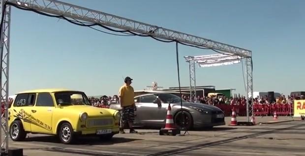 Trabant vs.Nissan GT-R