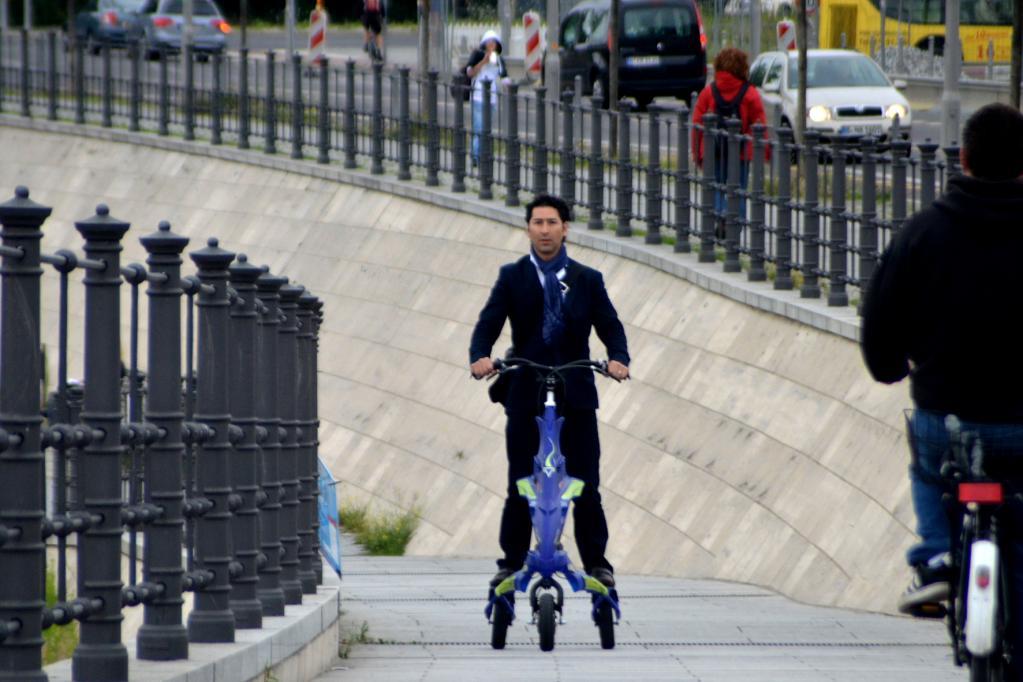 Trikke darf auf deutschen Straßen fahren - Foto:  Trikke Europe