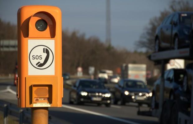 Trotz Handy nutzen Autofahrer Notrufsäulen
